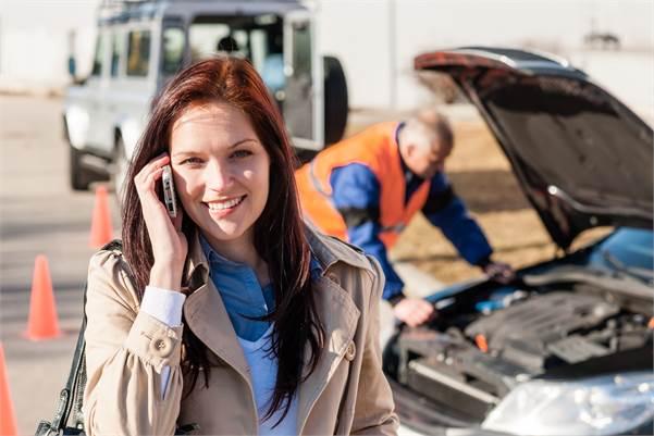 Las Vegas lady pleased with a mobile auto technician