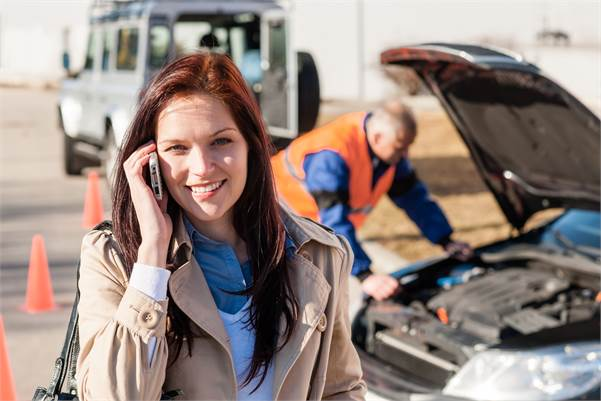 Las Vegas lady pleased with a mobile auto technician